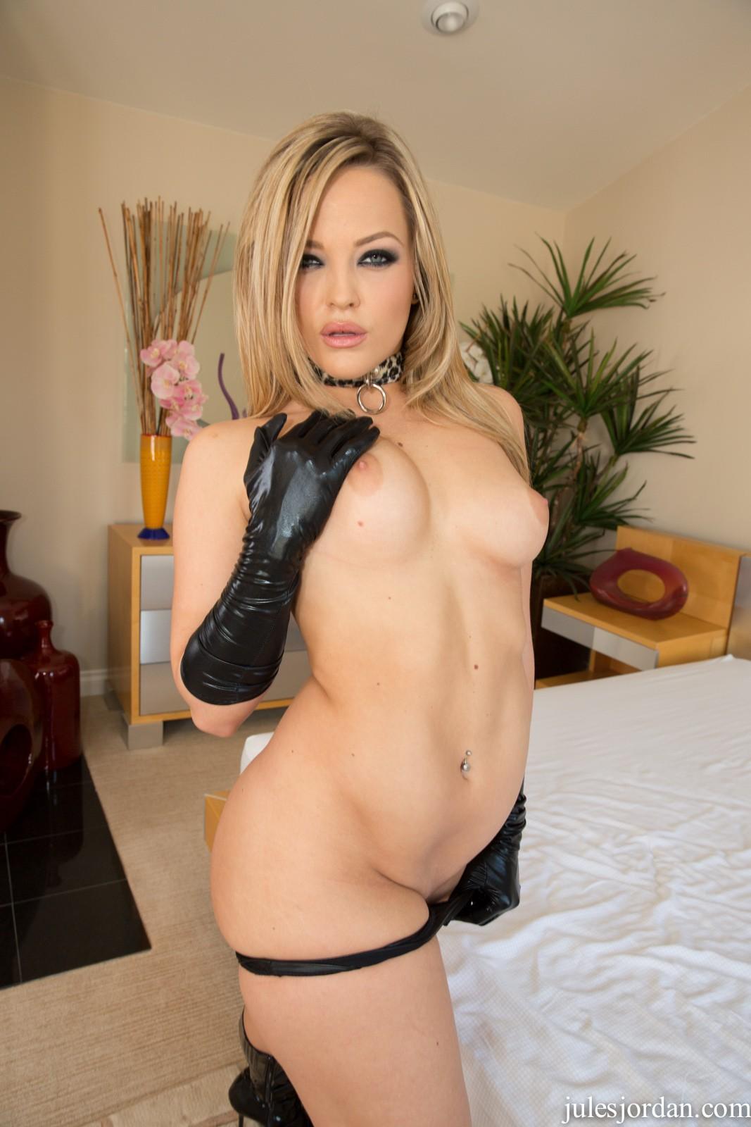 Alexas texas big booty slut with mariah milano 2