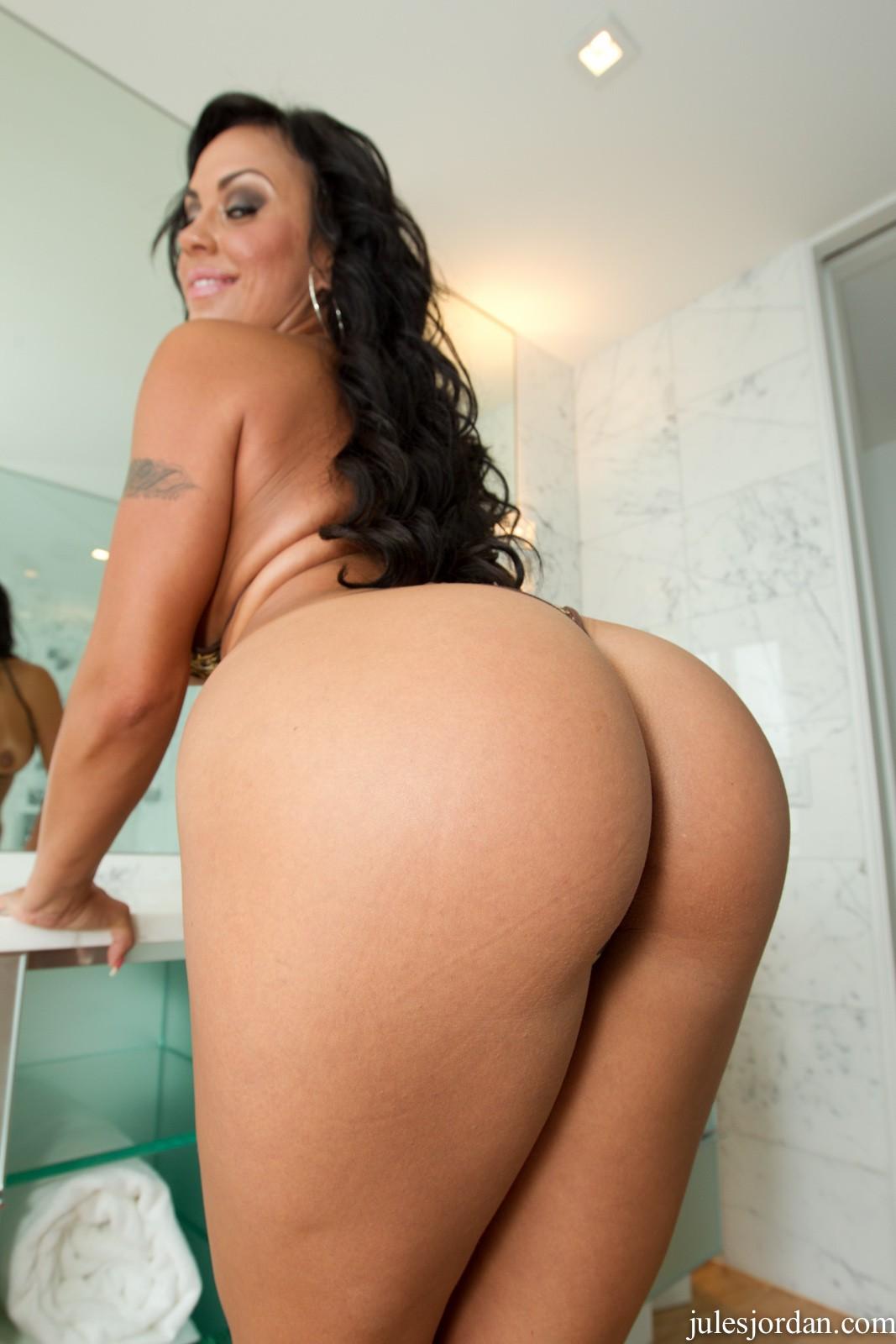 mariah milano and hot ass