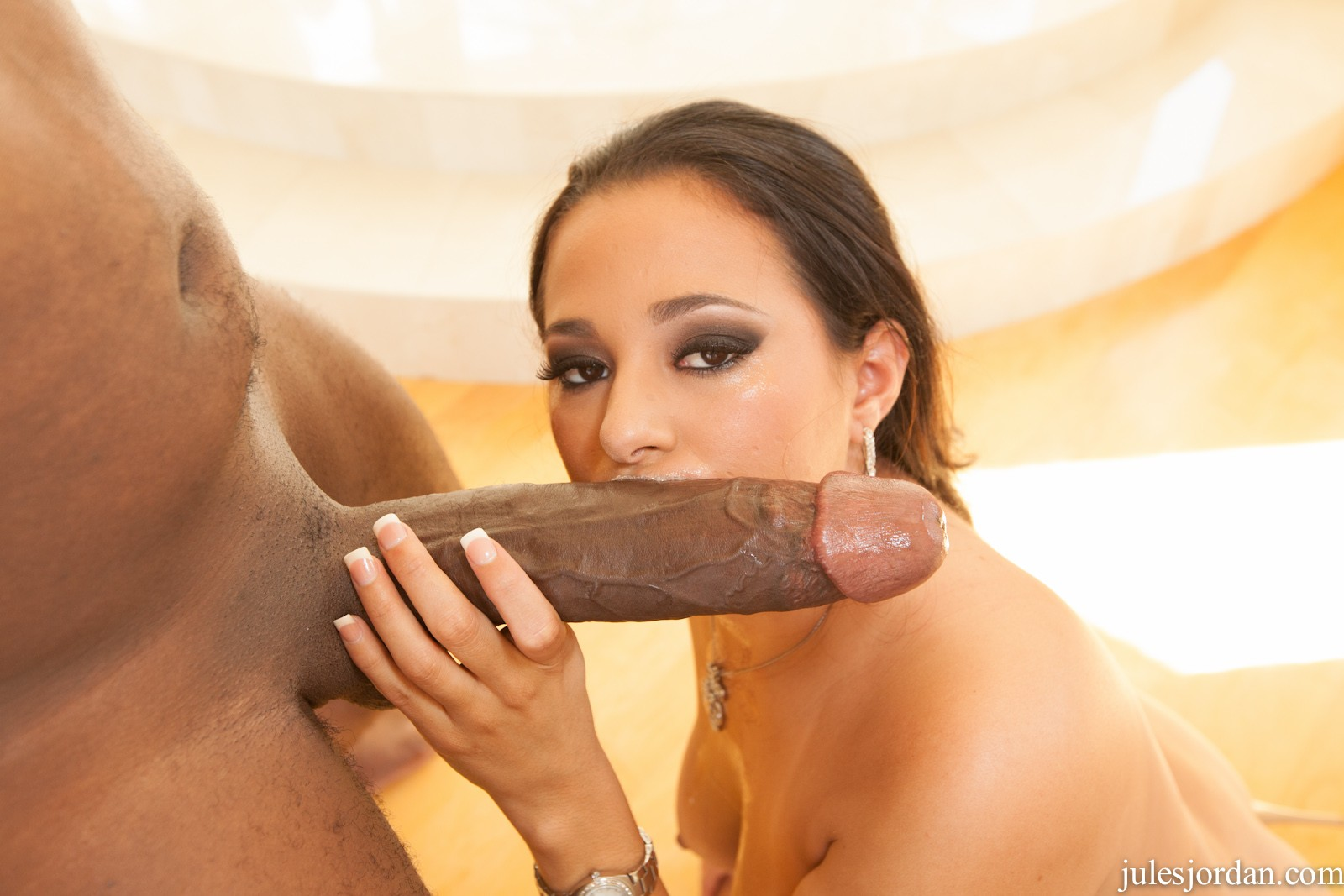 Official mandingo sex video — photo 15