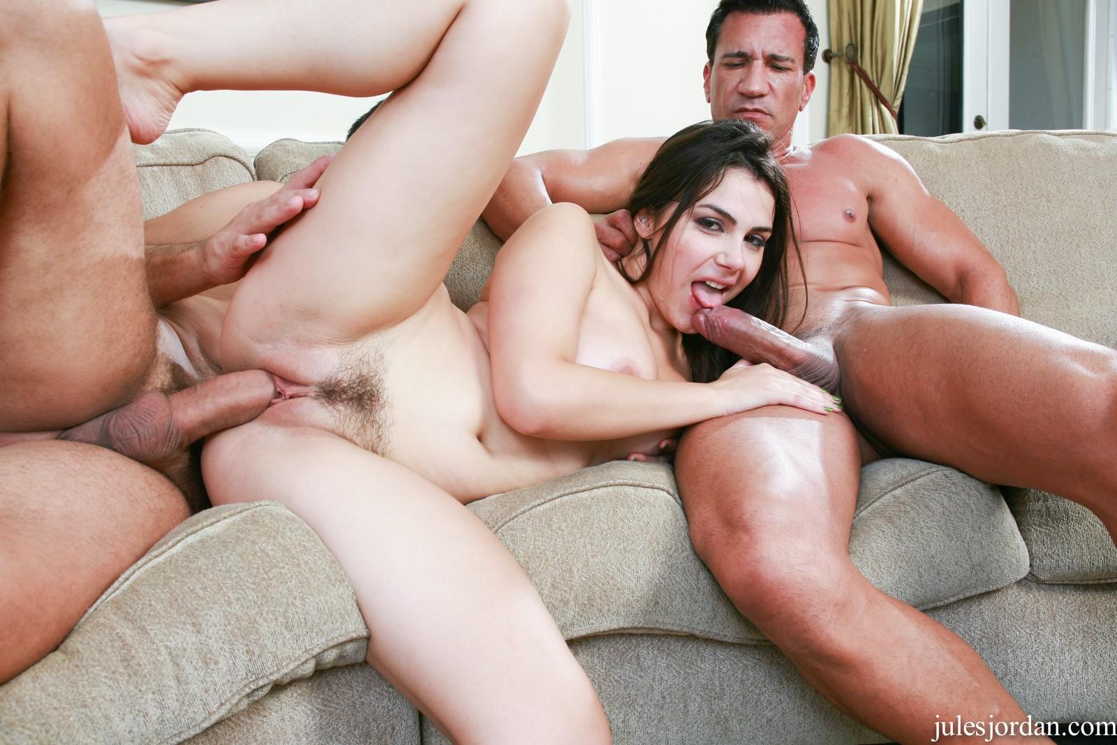 italian-babe-sex-pics